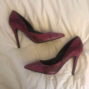NWOB Charles David Snake Print Heels